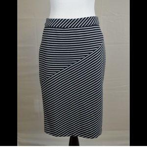 NWOT Banana Republic Striped Stretch Pencil Skirt